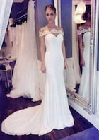 Trumpet/Mermaid Bateau Sleeveless Court Train Chiffon Wedding Dress With Appliqued