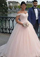 Ball Gown Off-The-Shoulder Sleeveless Sweep Train Tulle Wedding Dress With Appliqued Hem