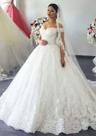 Ball Gown Off-The-Shoulder Sleeveless Chapel Train Lace Wedding Dress With Appliqued