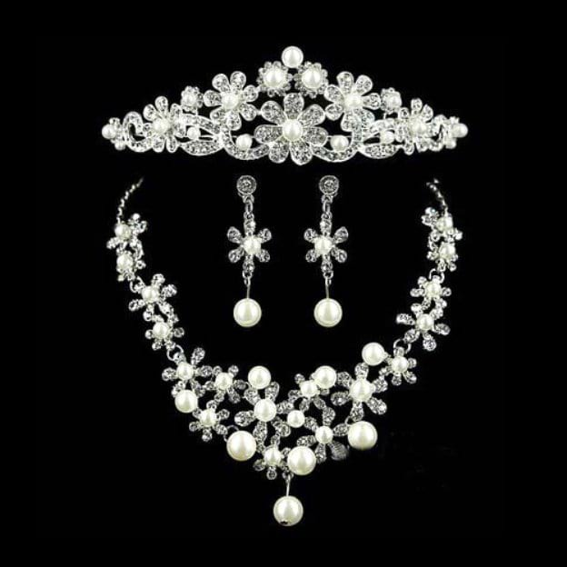 Alloy Irregular Earclip Jewelry Sets With Imitation Pearls Rhinestone