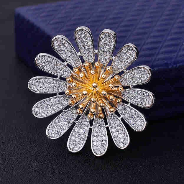 Women's Fashionable Silver Brooches With Cubic Zirconia