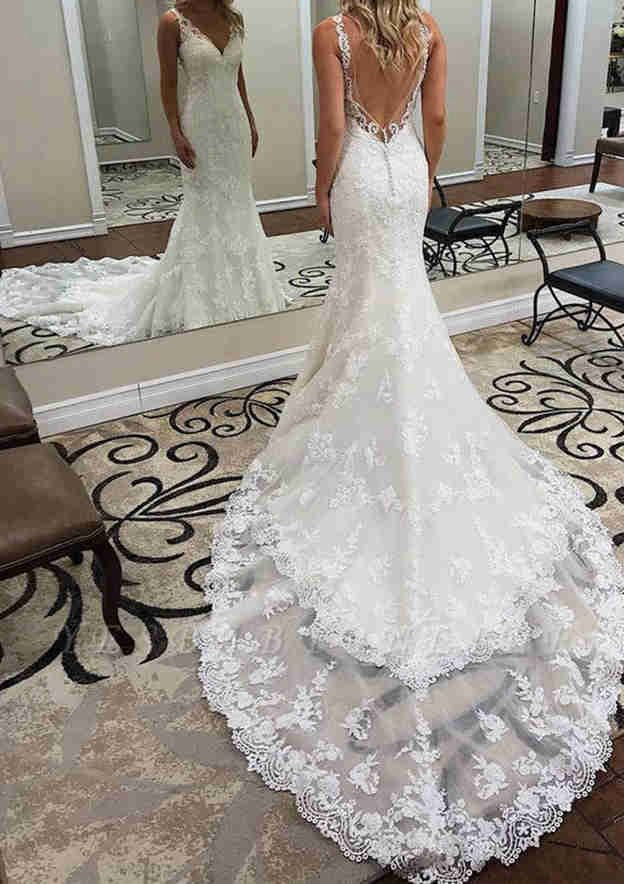 Trumpet/Mermaid Sleeveless Chapel Train Lace Wedding Dress With Appliqued