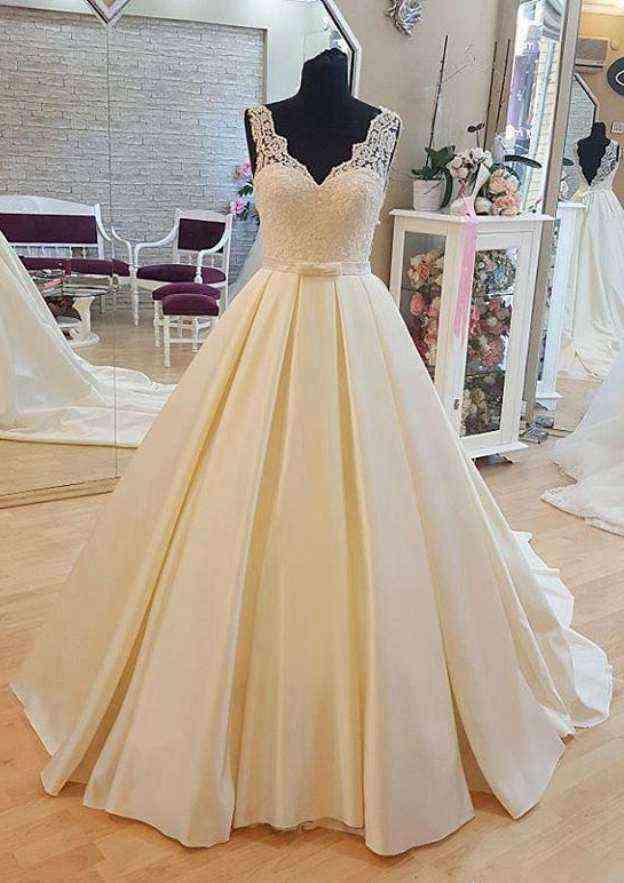 Ball Gown V Neck Sleeveless Court Train Satin Wedding Dress With Bowknot Sashes
