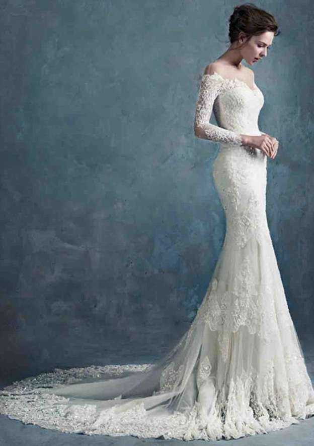 Trumpet/Mermaid Full/Long Sleeve Court Train Lace Wedding Dress With Appliqued Beading
