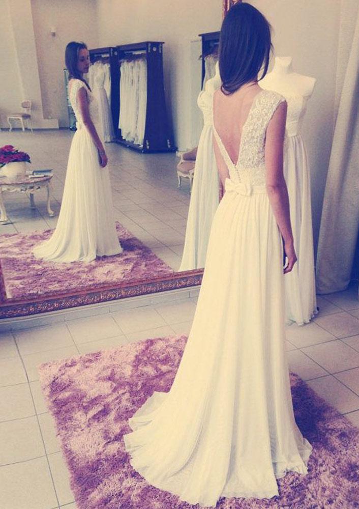 A-Line/Princess Sleeveless Sweep Train Chiffon Wedding Dress With Bowknot Lace