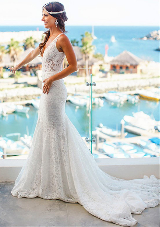 Trumpet/Mermaid V Neck Sleeveless Court Train Lace Wedding Dress With Appliqued