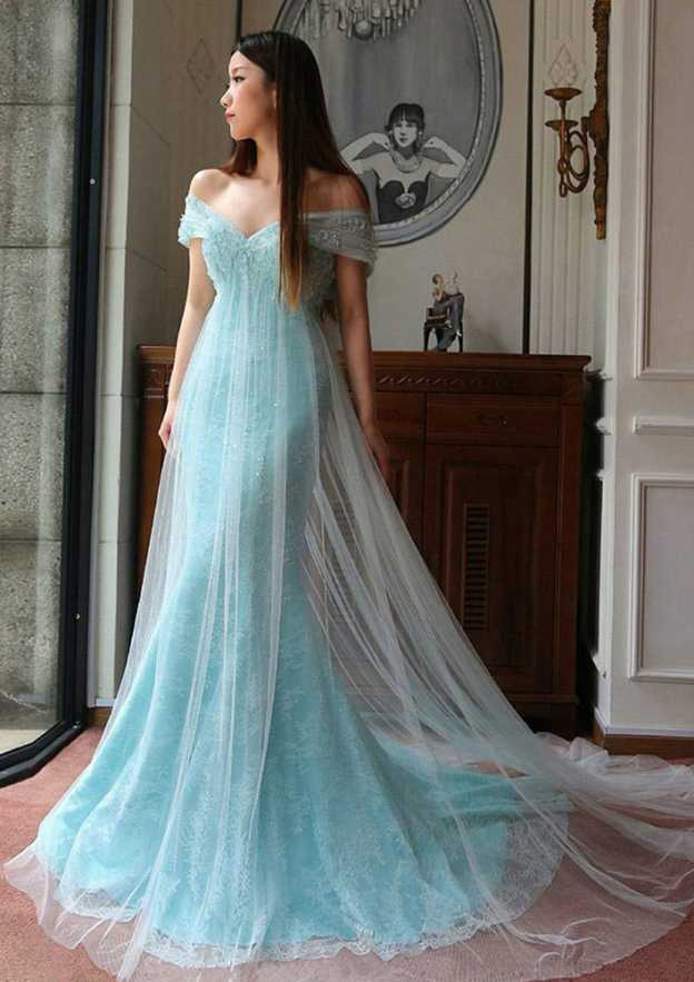 Trumpet/Mermaid Off-The-Shoulder Sleeveless Court Train Lace Prom Dress