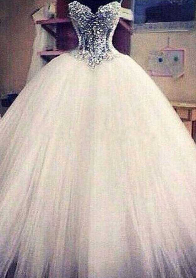 Ball Gown Sweetheart Sleeveless Court Train Tulle Wedding Dress With Appliqued Beading