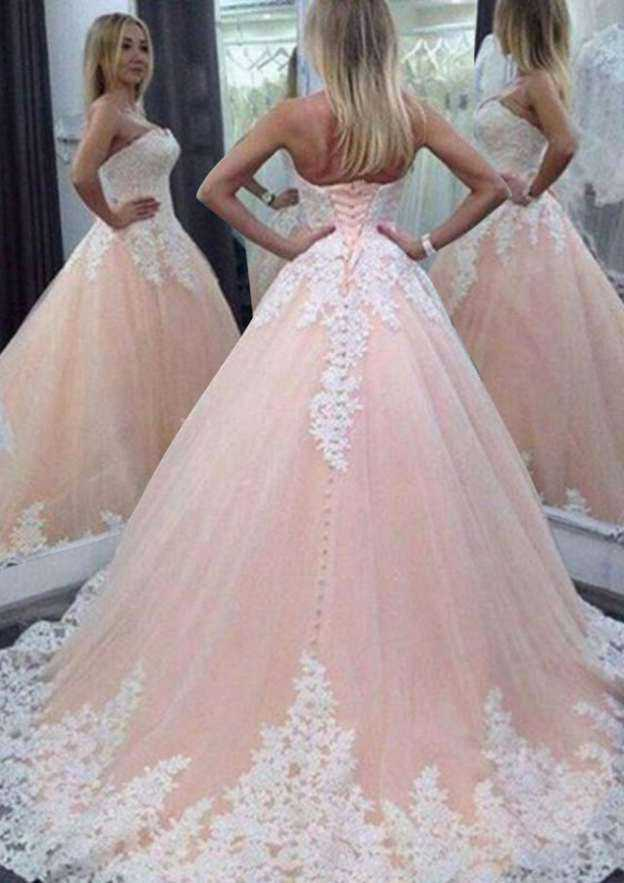 Ball Gown Sweetheart Sleeveless Chapel Train Tulle Wedding Dress With Appliqued