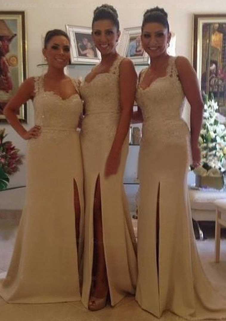 Sheath/Column Scalloped Neck Sleeveless Court Train Satin Bridesmaid Dresses With Split Appliqued Lace