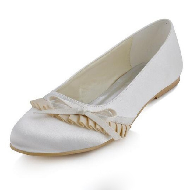 Close Toe Wedding Shoes Round Toe Flat Heel Satin Wedding Shoes With Pleated Ribbon Tie