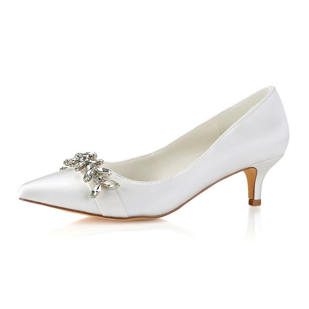 Close Toe Wedding Shoes Kitten Heel Satin Wedding Shoes With Crystal