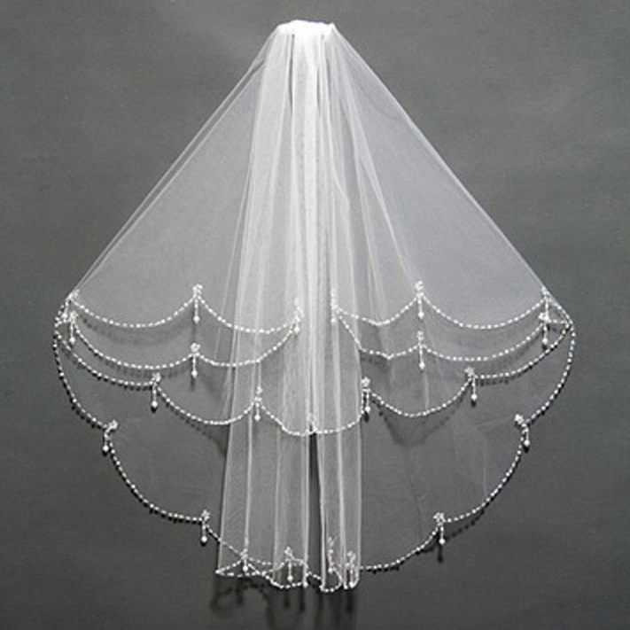 1 Layer Classic Fingerilip-Length Ivory Tulle Bridal Veil With Faux Pearl