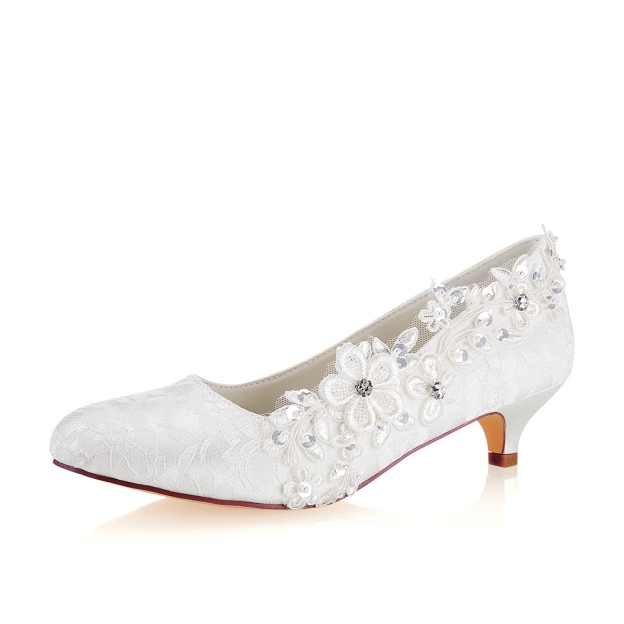 Close Toe Kitten Heel Lace Wedding Shoes