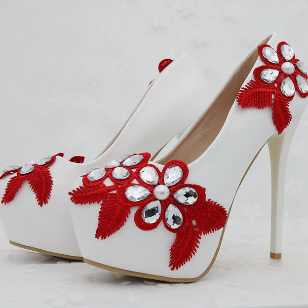 Women's PU With Imitation Pearl/Crystal/Appliqued Close Toe Heels Wedding Shoes
