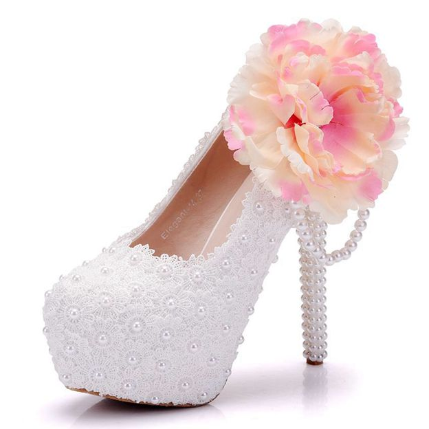 Women's PU With Lace/Imitation Pearl/Flowers Close Toe Heels Shoes