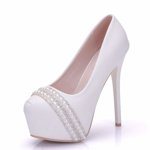 Women's PU With Rhinestone/Imitation Pearl Close Toe Heels Wedding Shoes