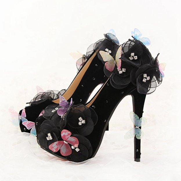 Women's PU With Flowers Close Toe Heels Fashion Shoes