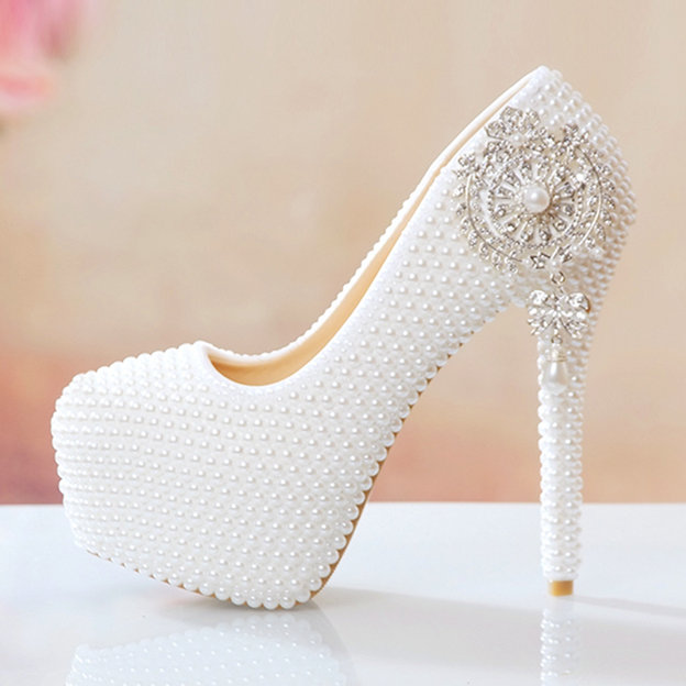 Women's PU With Imitation Pearl Pumps Heels Close Toe Wedding Shoes