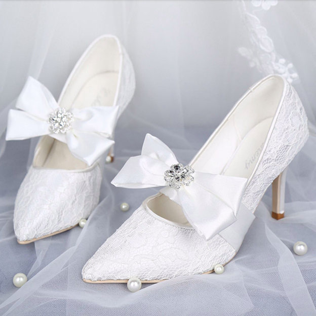 Women's Lace Satin With Rhinestone/Bowknot Close Toe Heels Pumps Wedding Shoes
