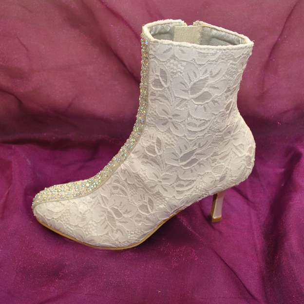 Women's Lace With Zipper Boots Mid-Calf Boots Wedding Shoes