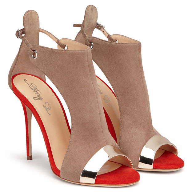 Women's PU With Split Joint Peep Toe Sandals Fashion Shoes