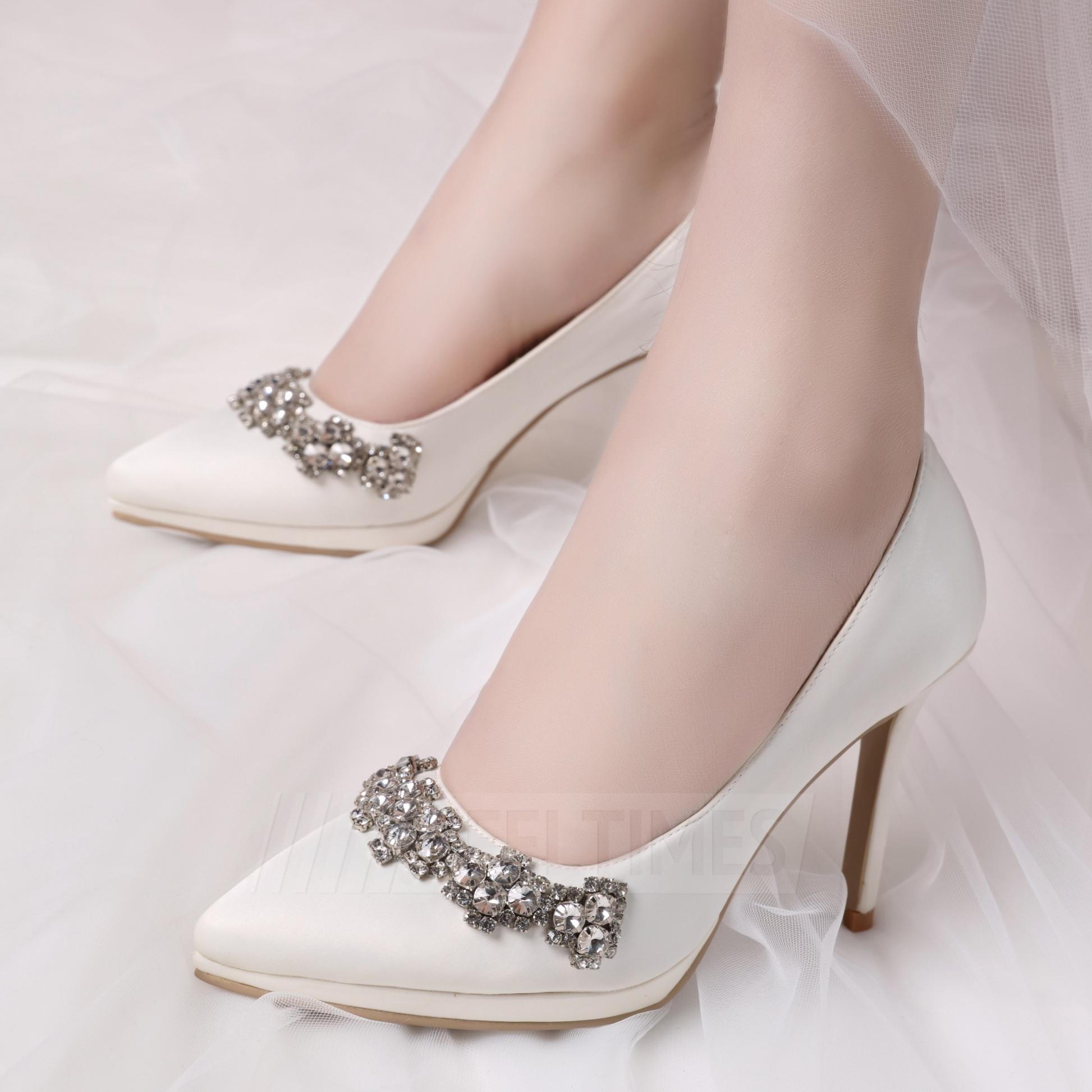 Women's Satin With Rhinestone Close Toe Heels Wedding Shoes