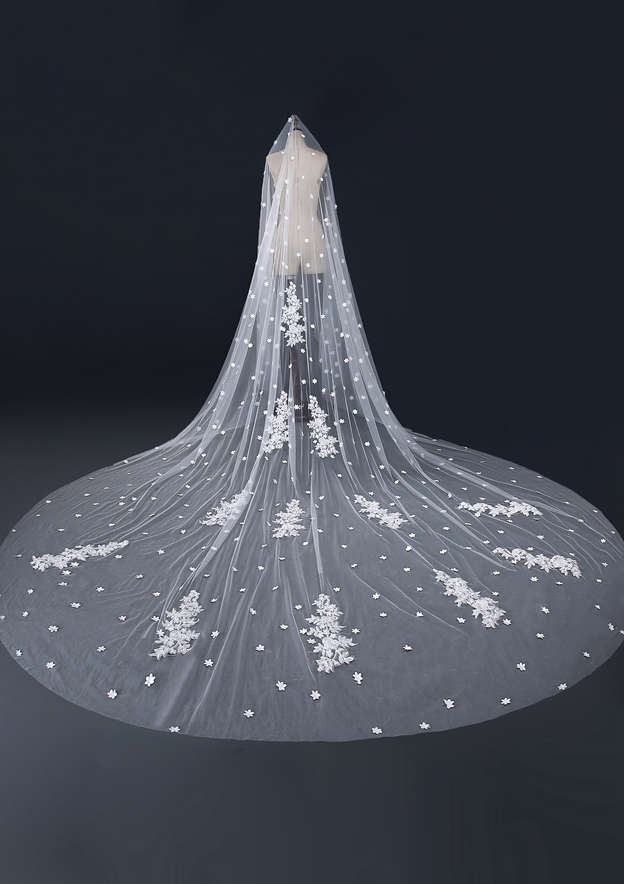 One-tier Tulle Cathedral Bridal Veils With Applique/Lace/Flower