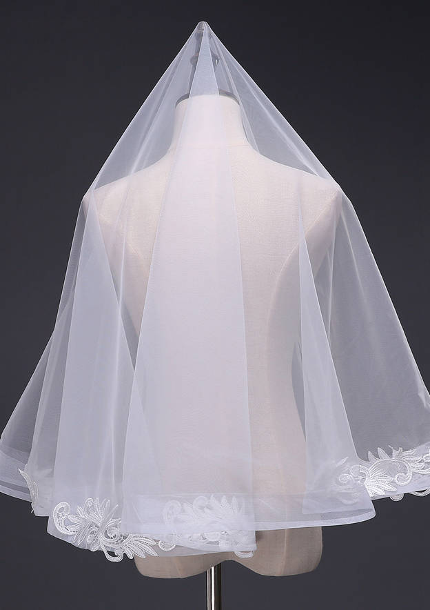 One-tier Tulle Elbow Bridal Veils With Applique