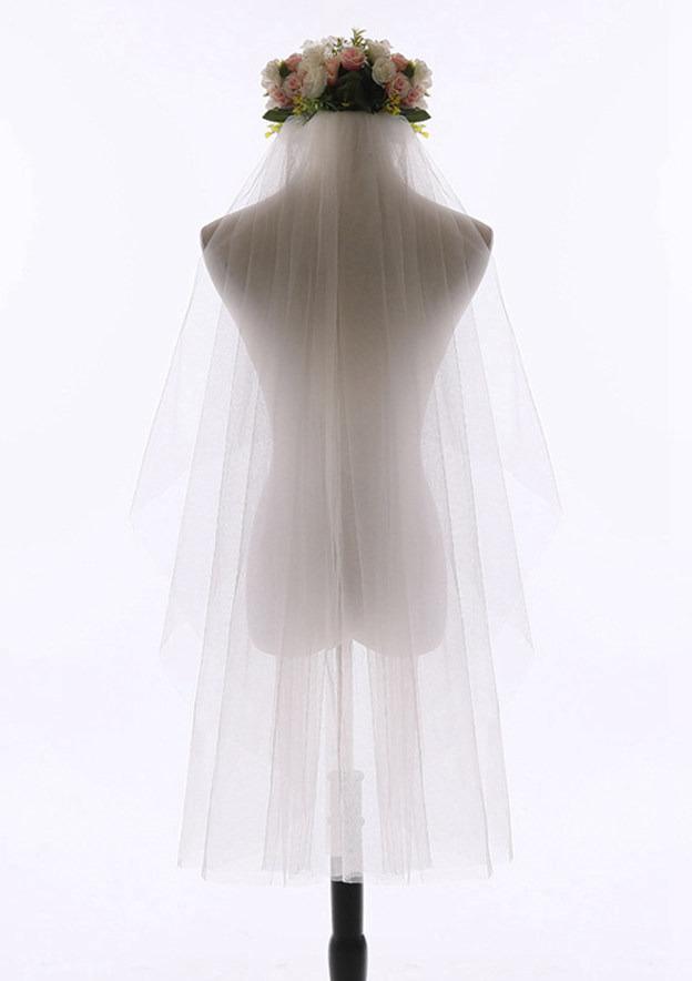Two-tier Tulle Fingertip Bridal Veils