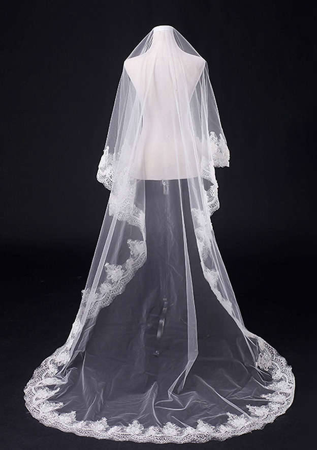 One-tier Lace Applique Edge Tulle Cathedral Bridal Veils With Sequin