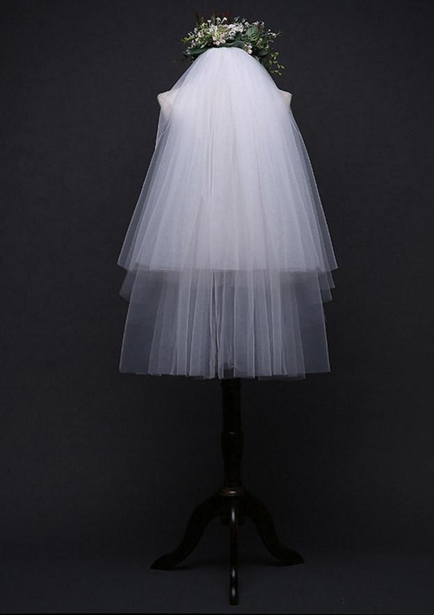 Two-tier Waltz Bridal Veils